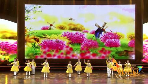第十九届全国校园春节大联欢语言专场朗诵《四季歌》